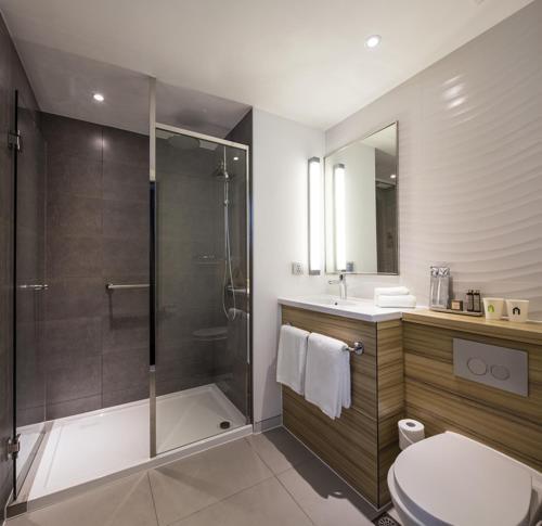 A bathroom at Campanile Shanghai Bund Hotel