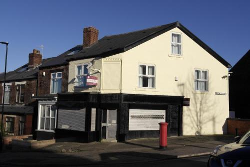 55A Derbyshire Lane