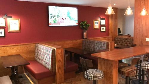 The lounge or bar area at 19th Hole Hotel, Carnoustie
