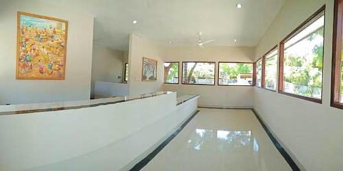 The lobby or reception area at Pebble & Fins Bali Resort