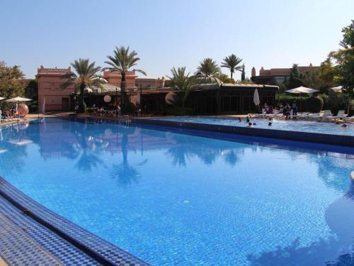 The swimming pool at or near Rez De Jardin Palmeraie 2