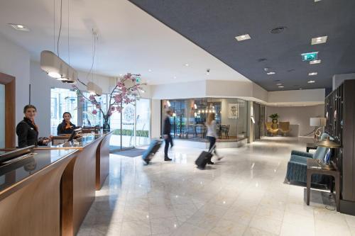 Lobby/Rezeption in der Unterkunft Bilderberg Garden Hotel