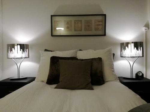 Ein Bett oder Betten in einem Zimmer der Unterkunft Stopoase