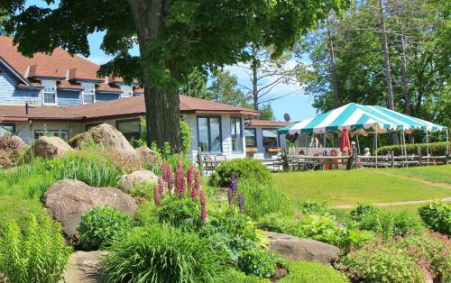 A garden outside Highlands Four Season Resort
