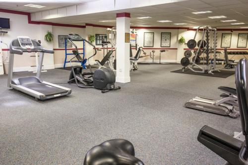 The fitness centre and/or fitness facilities at The Cove at Yarmouth