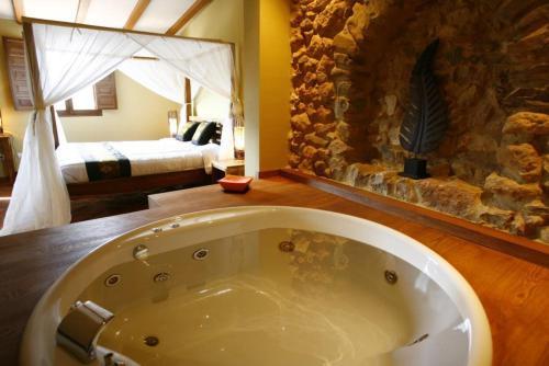 Un baño de Masía Durbá