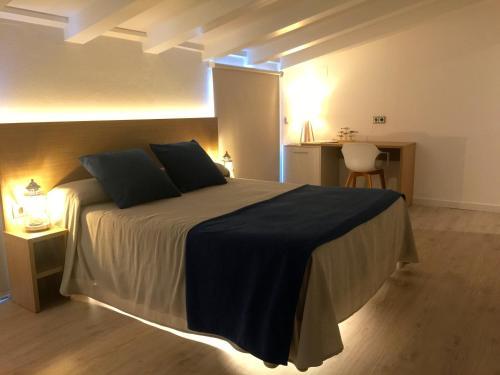 Cama o camas de una habitación en Hotel Nereida