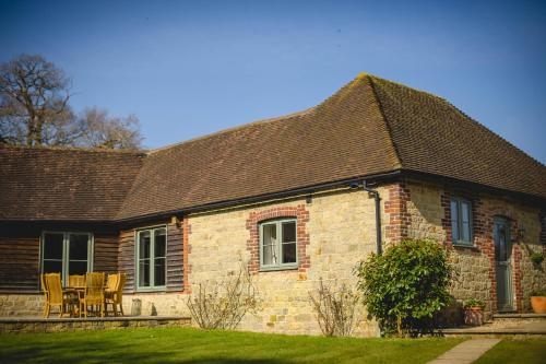 Cowdray Holiday Cottages