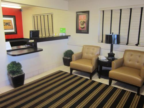 The lobby or reception area at Extended Stay America - Sacramento - Arden Way