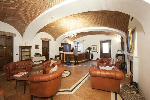 Hall o reception di Albergo La Corte Albertina