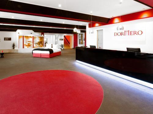 The lobby or reception area at DORMERO Hotel Bonn Windhagen