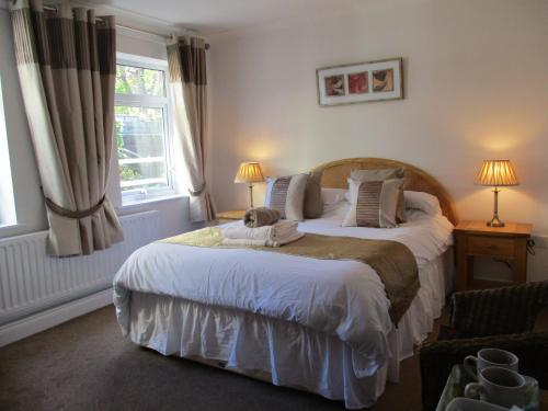 mayfield guesthouse