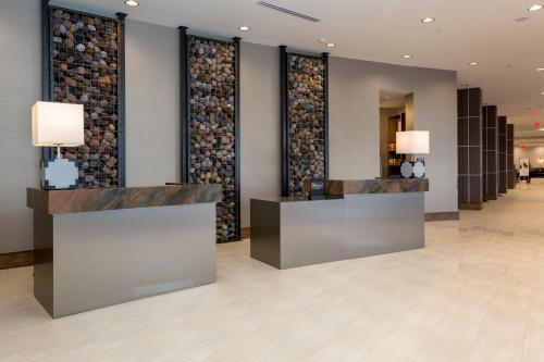 The lobby or reception area at DoubleTree by Hilton Evansville