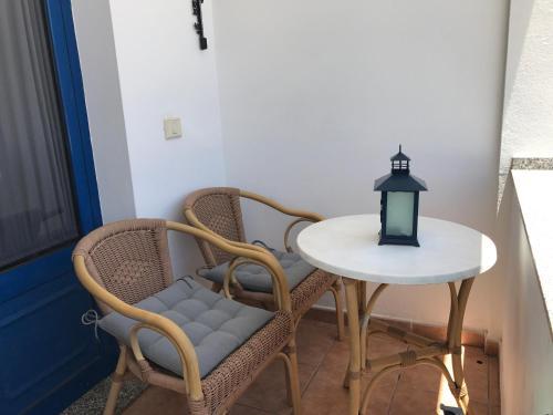 A seating area at Apartamento Islote