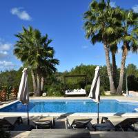 Beautiful Mansion in San Rafael with Jacuzzi
