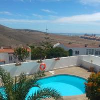 Cozy house in Arguineguin with pool and nice views
