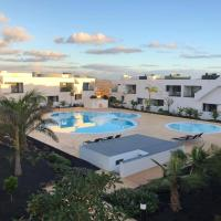 Luxury apartment with pool view at Casilla de Costa