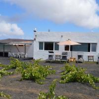 Casa Volcán de Ye
