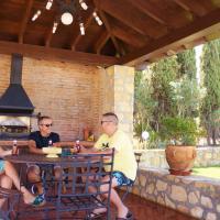 Casa Rural los Rosales, Gran Casa con Piscina en Ronda