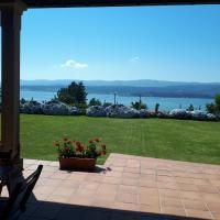 Casa dos Ballotes II, relax looking over the sea, in Rianxo, Galicia