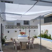Casa con gran Patio en primera línea de Playa