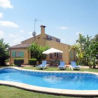 Holiday Home Es Coscolls - PIC300