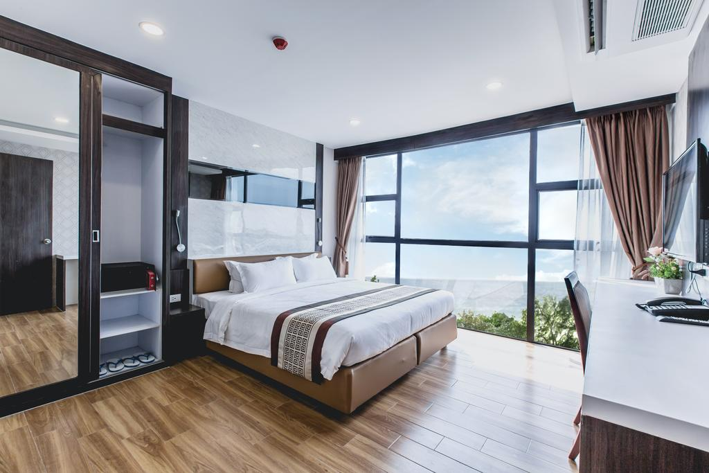 Rooms Republic Pattaya Image