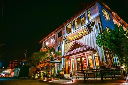 Mhonsa Hotel Image