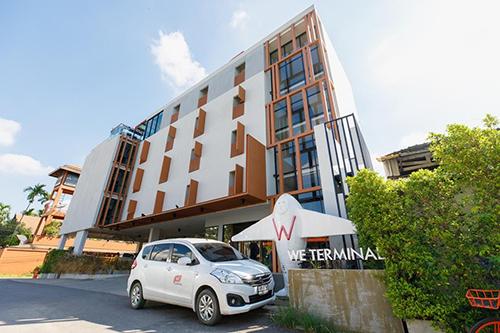 WE Terminal Hotel Image