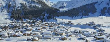 Hoteli v Lechu am Arlberg