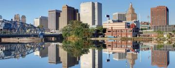 Hotels in Newark