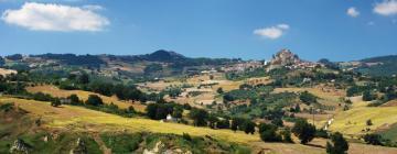 Hotelek Castelpetrosóban