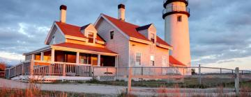 Hotels with Pools in North Truro