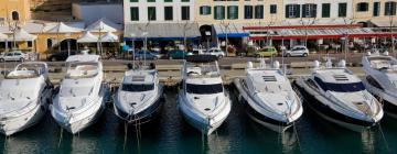 Hotels in Es Castell