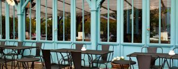 Hoteli u gradu Le Teich