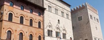 Hotels in Todi