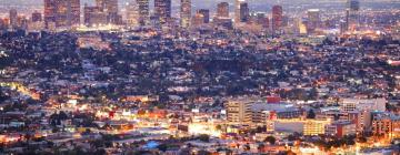Hotels in Woodland Hills
