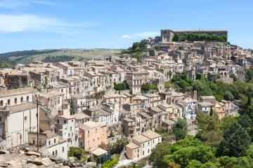 Ragusa: Car hire in 1 pickup location