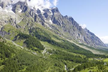 Aosta: Car hire in 1 pickup location