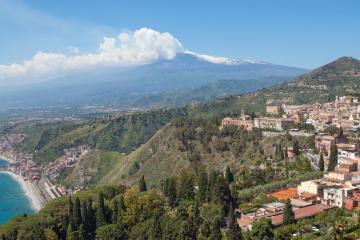 Taormina: Noleggio auto in 2 luoghi per il ritiro