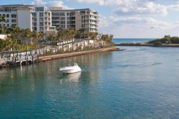 Boca Raton: Car hire in 10 pick-up locations