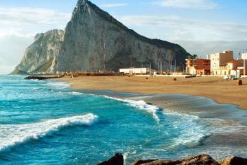 Gibraltar: Autoverhuur bij 4 afhaalpunten