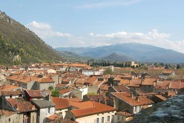 Foix: Alquiler de coches en 1 lugar de recogida