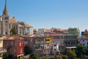 Valparaíso: Car rentals in 3 pickup locations