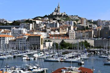 Marseille: Car rentals in 16 pickup locations