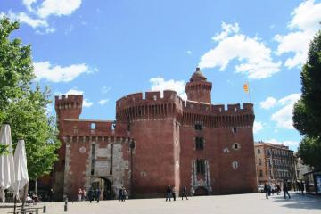 Perpignan: Car hire in 5 pick-up locations