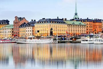 Tukholma: Autonvuokraus, 36 noutopaikkaa