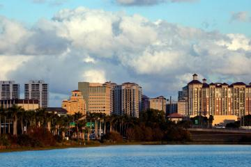 West Palm Beach: Car hire in 19 pick-up locations