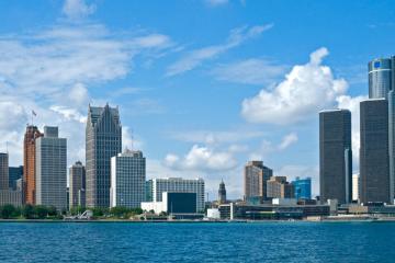 Detroit: Car rentals in 5 pickup locations