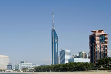 Fukuoka: Car hire in 66 pick-up locations